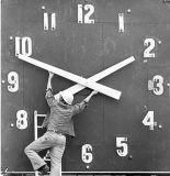 Daylight Savings Time Starts Sunday...Turn Clocks Back an Hour!